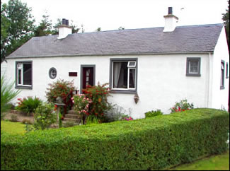 Self Catering Perthshire | Beautiful detached Country Cottage, Idyllic location sleeps 4