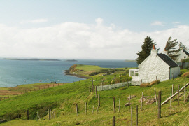 Isle of Skye Self Catering | Loch Bay Cottage Sleeps up to 6, Stove, Jacuzzi bath, Conservatory, Spectacular Sea Views