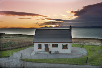 See Aurora Borealis Scotland | Luxury detached Cottage, Ross shire, Sea Views, Beach, chance to see the Northern Lights, Sleeps 4