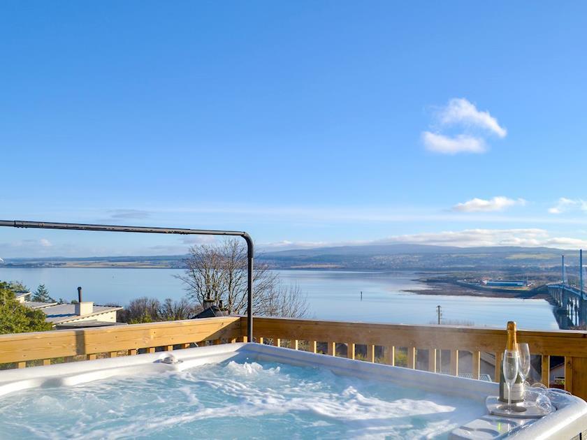 Luxury Detached Villa Inverness Sea Views Hot Tub