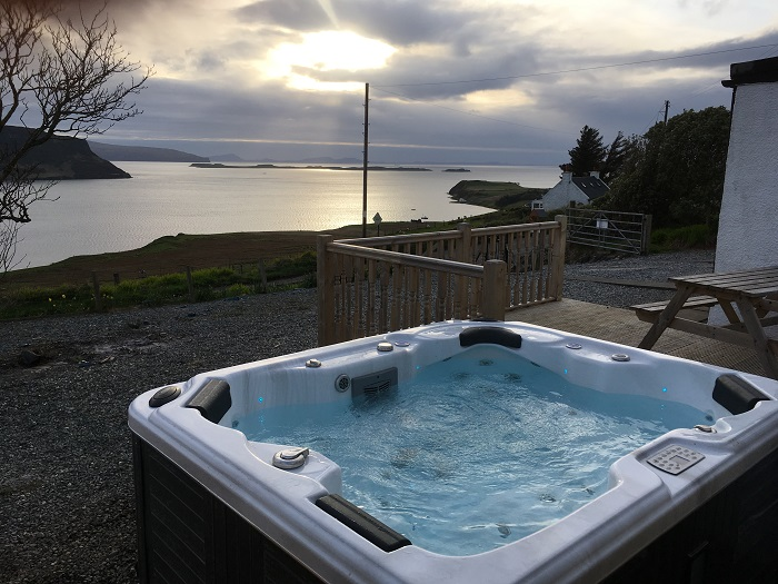 Luxury Sea View Cottage Isle of Skye