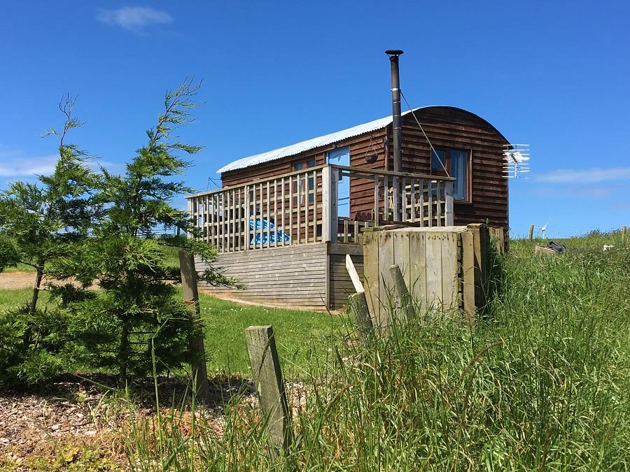 Secret Hideaway Log Cabin with Hot Tub