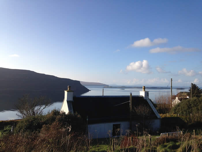 Loch Bay Waternish Cottage Sea Views Log Fire